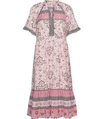bohemic dress knälång klänning rosa odd molly