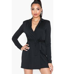 nly one sharp blazer dress loose fit