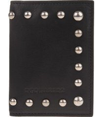 man card holder in black leather with studs