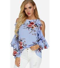 blusa de manga larga con hombros descubiertos y estampado floral al azar azul