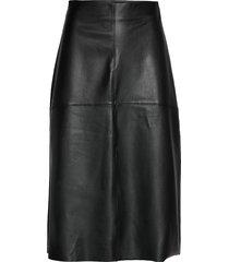 poppy pu skirt knälång kjol svart gina tricot