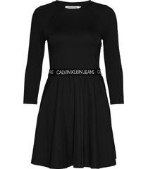 mid sleeve milano logo elastic korte jurk zwart calvin klein jeans