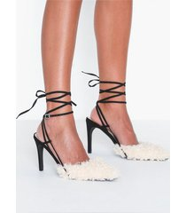 nly shoes contrast fuzzy pump high heel