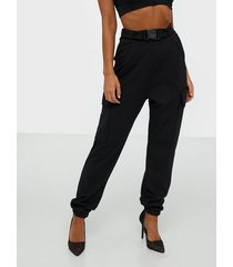 nly one buckle cargo trousers byxor