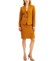 le suit collarless crepe skirt suit