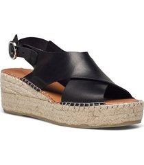 stb-orchid cross l sandalette med klack espadrilles svart shoe the bear