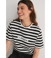 louise madsen x na-kd striped oversized tee - multicolor