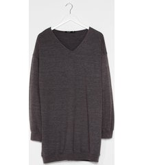 womens easy does it relaxed longline sweater - charcoal