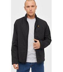 lyle & scott lightweight funnel neck jacket jackor jet black