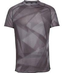 aero graphic tee t-shirts short-sleeved svart mizuno