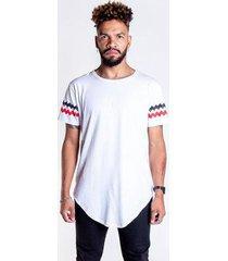 t-shirt branca com detalhe na barra - gg - unissex
