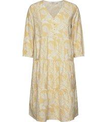 estacr dress knälång klänning gul cream