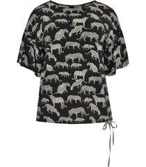 shirt met volantmouwen leopard