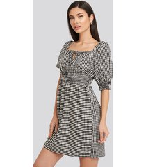 trendyol black plaid pleated mini dress - multicolor