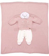 saída de maternidade fofinho macacão e manta tricô rosa