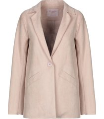 pink amber blazers