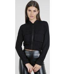 jaqueta feminina bomber cropped com bolsos preta