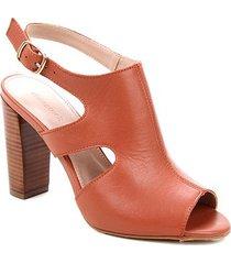 ankle boot couro shoestock salto alto bloco madeira - feminino