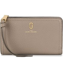 marc jacobs the softshot mini compact wallet - grey