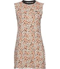 leila muscle tee dress kort klänning multi/mönstrad vans