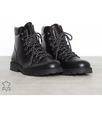 selected homme slhisaac leather hiking boot w kängor svart