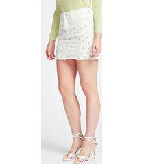 denimowa spódnica z biżuteryjnymi aplikacjami fason skinny