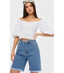 missguided longline denim shorts straight