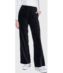 pantalón io  liso negro - calce regular