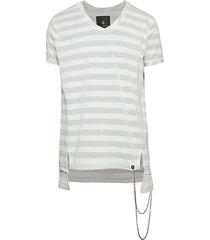 striped chains v-neck step hem t-shirt