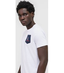 camiseta aleatory logo branca
