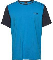 balance t-shirt rn t-shirts short-sleeved blå boss
