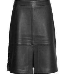 laurene leather skirt knälång kjol svart just female