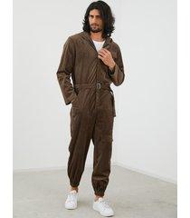 mono retro de pana con cremallera frontal con capucha para hombre