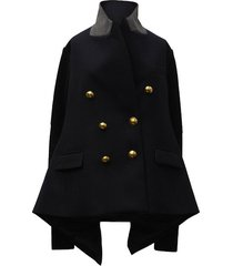 wool and knit jacket with golden buttons