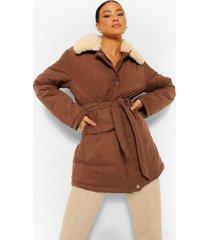 gewatteerde jas met faux fur kraag en ceintuur, chocolate