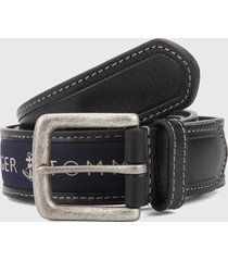 cinturón negro-azul tommy hilfiger