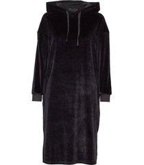 shiloh velvet dress jurk knielengte zwart moshi moshi mind