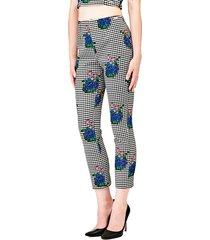 spodnie w kratkę i w kwiaty