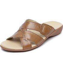 sandalia cuero marrón carducci