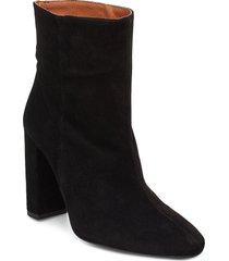 joan suede black shoes boots ankle boots ankle boot - heel svart henry kole