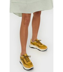 duffy chunky snake sneaker low top