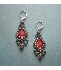 berry bright earrings