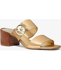 mk sandalo in pelle metallizzata - oro pallido (oro) - michael kors