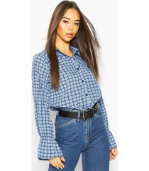 flared sleeve ruffle front printed blouse, blue
