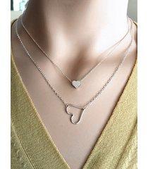 collar geométrico en forma de corazón