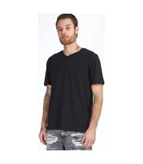 camiseta masculina básica manga curta gola v preto