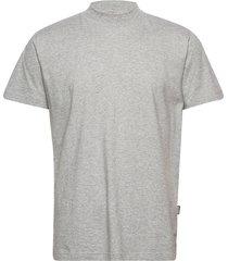 turtleneck t-shirt t-shirts short-sleeved grå r-collection