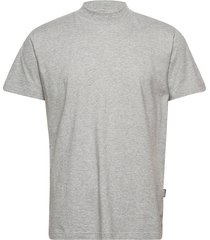 turtleneck t-shirt t-shirts short-sleeved grå r-collection