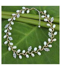 cultured pearl and rose quartz beaded necklace, 'sweet white ivy' (thailand)