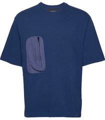 m combined tee t-shirts short-sleeved blå peak performance